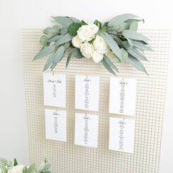 6 cards on wire mesh with flowers